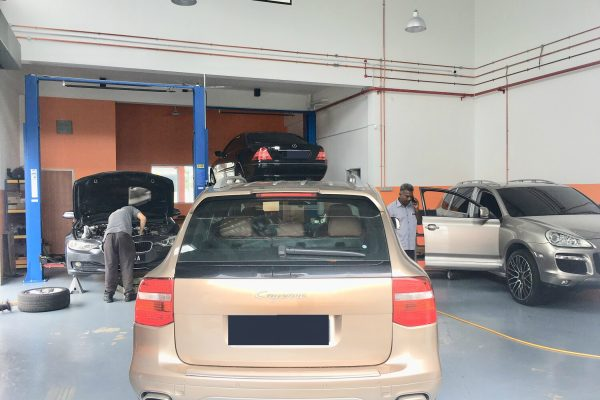 gforce garage - Car Service Centre - Bukit Raja - Setia Alam - Klang - Mercedes-Benz - Audi - porsche - BMW - Volkswagen - car specialist - workshop (7)