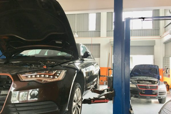 gforce garage - Car Service Centre - Bukit Raja - Setia Alam - Klang - Mercedes-Benz - Audi - porsche - BMW - Volkswagen - car specialist - workshop (9)